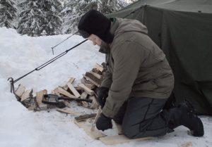 Puukonkäsittelykurssi eskari- ja alakouluikäisille